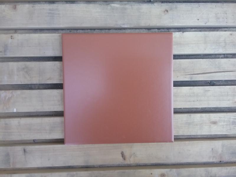 In Tabacco 20×20 16,80 eur/m2 Kiekis:40,6 m2